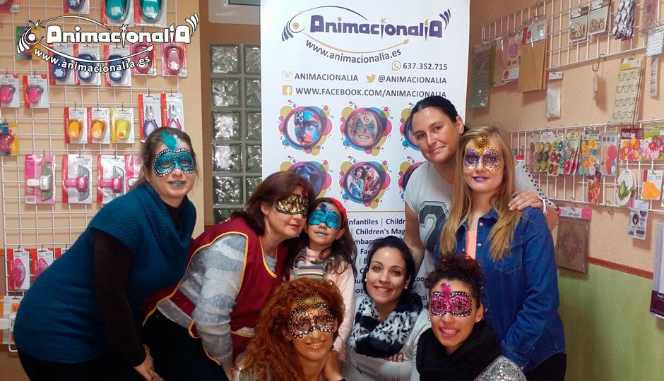 Curso de máscaras de Carnaval en Málaga Animacionalia